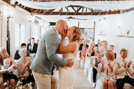 002_Kent Wedding Photographer -- Nicola Dawson Photography